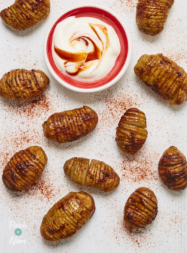 Chipotle Hasselback Potatoes - Pinch of Nom Slimming Recipes