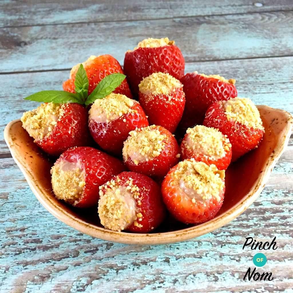 Chocolate Cheesecake Stuffed Strawberries pinchofnom.com