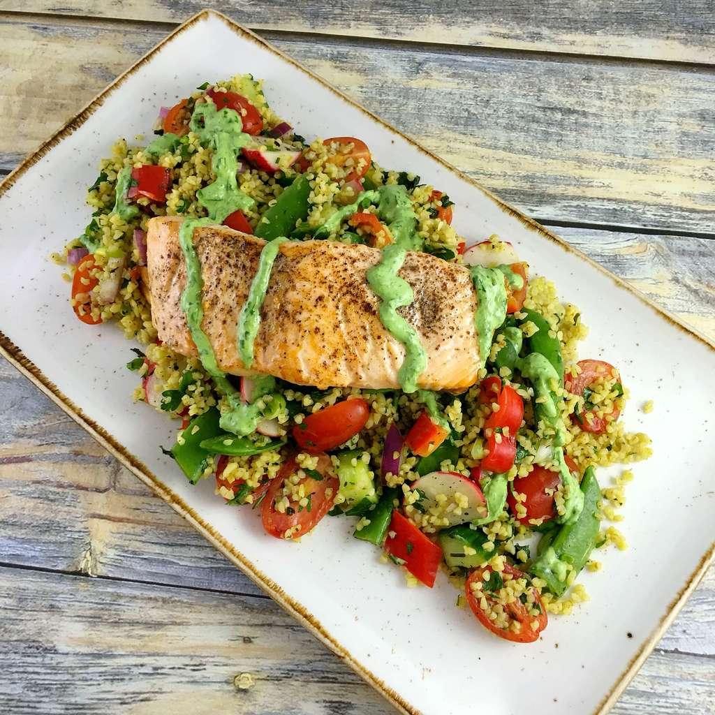 Salmon Tabbouleh Salad pinchofnom.com