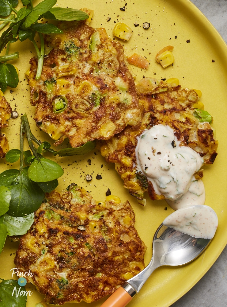 Broccoli and Sweetcorn Fritters - Pinch of Nom Slimming Recipes