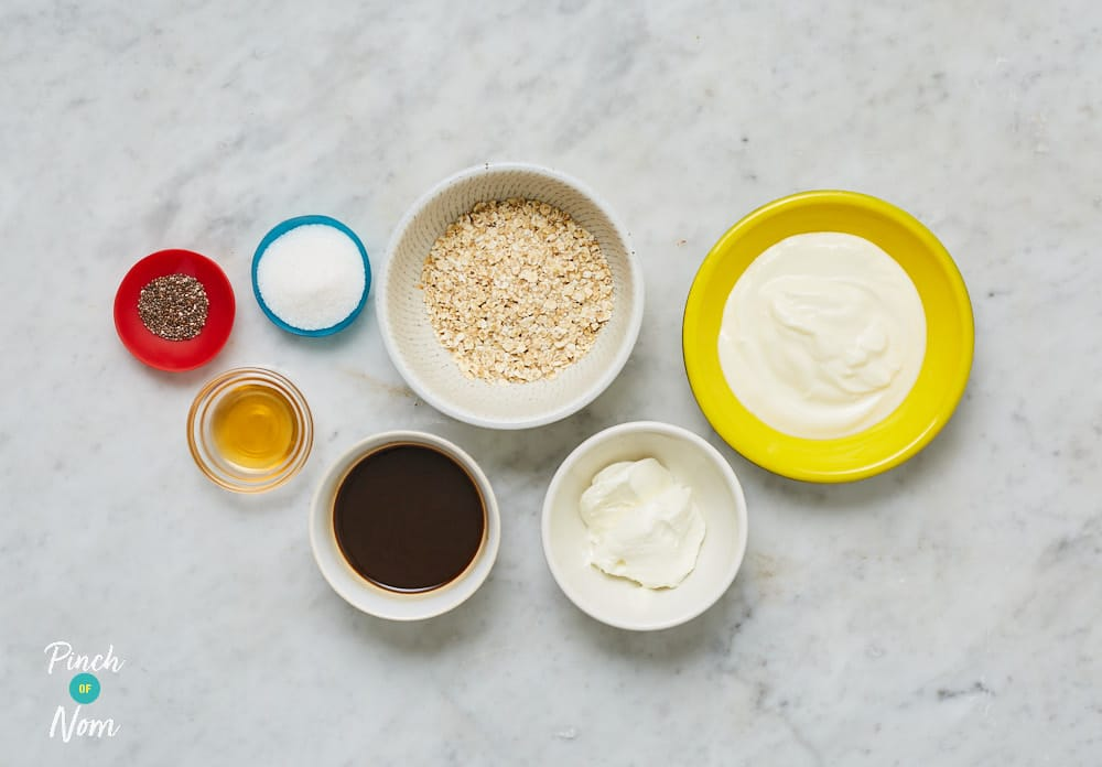 Tiramisu Overnight Oats - Pinch of Nom Slimming Recipes