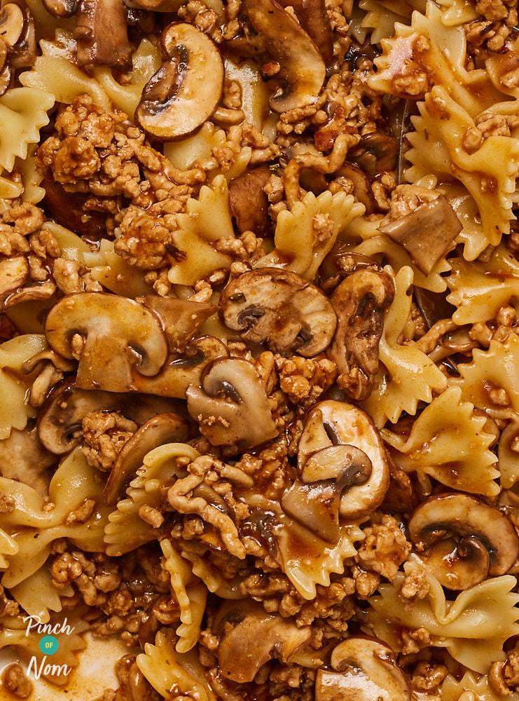 Farfalloni Con Funghi - Pinch of Nom Slimming Recipes