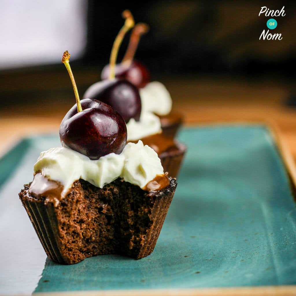 Black Forest Scan Bran Cupcakes - Pinch of Nom Slimming Recipes