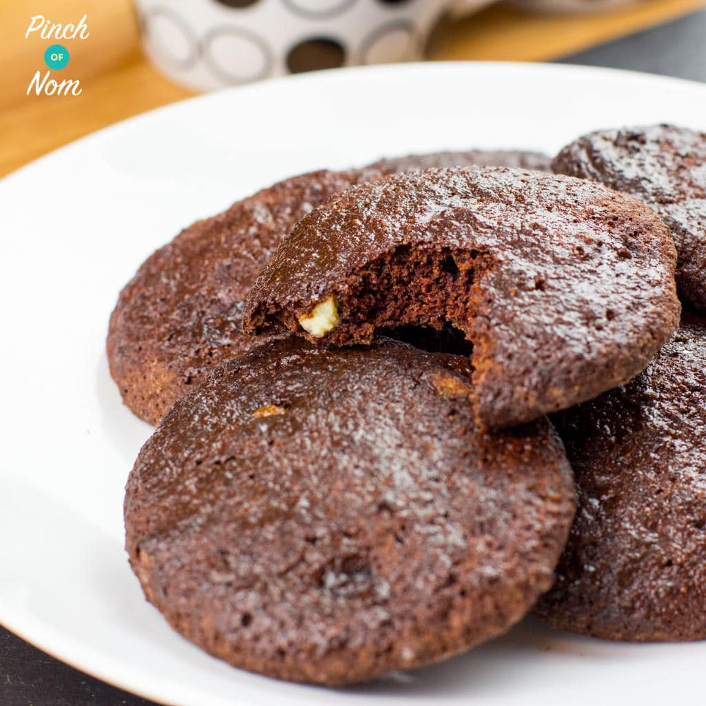 Double Choc Chip Cookies - Pinch of Nom Slimming Recipes