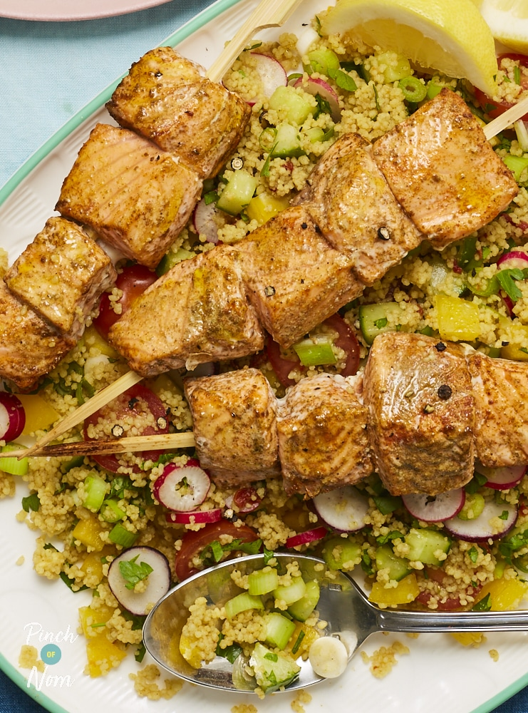 Moroccan Salmon Skewers with Cous Cous - Pinch of Nom Slimming Recipes