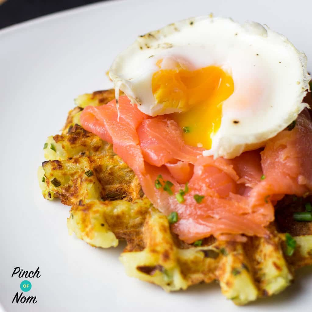 Onion and Chive Potato Waffles - Pinch of Nom Slimming Recipes