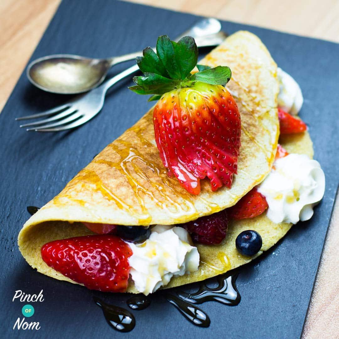 Folded Berry Pancake pinchofnom.com