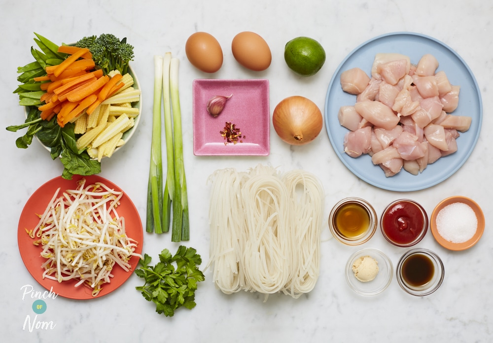 Chicken Pad Thai - Pinch of Nom Slimming Recipes