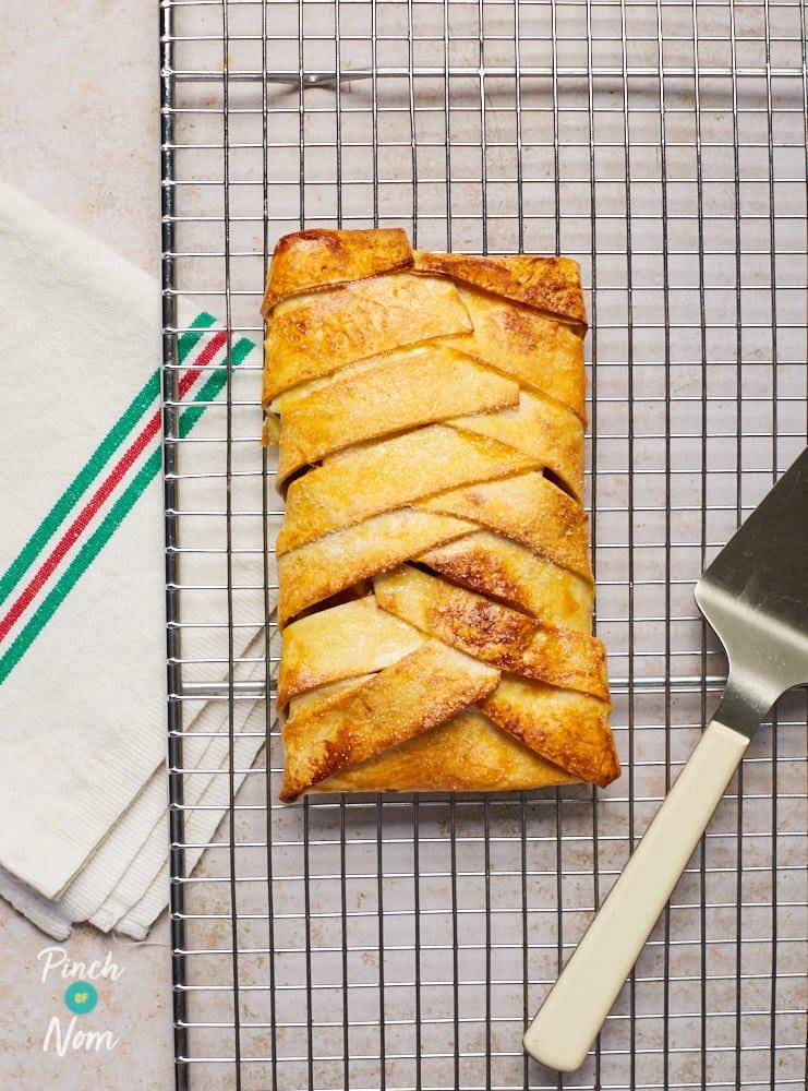 Apple Strudel - Pinch of Nom Slimming Recipes