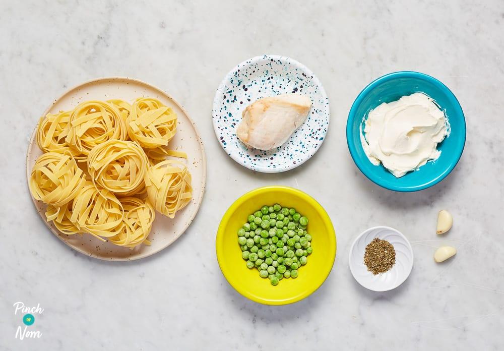 Chicken Alfredo Tagliatelle - Pinch of Nom Slimming Recipes