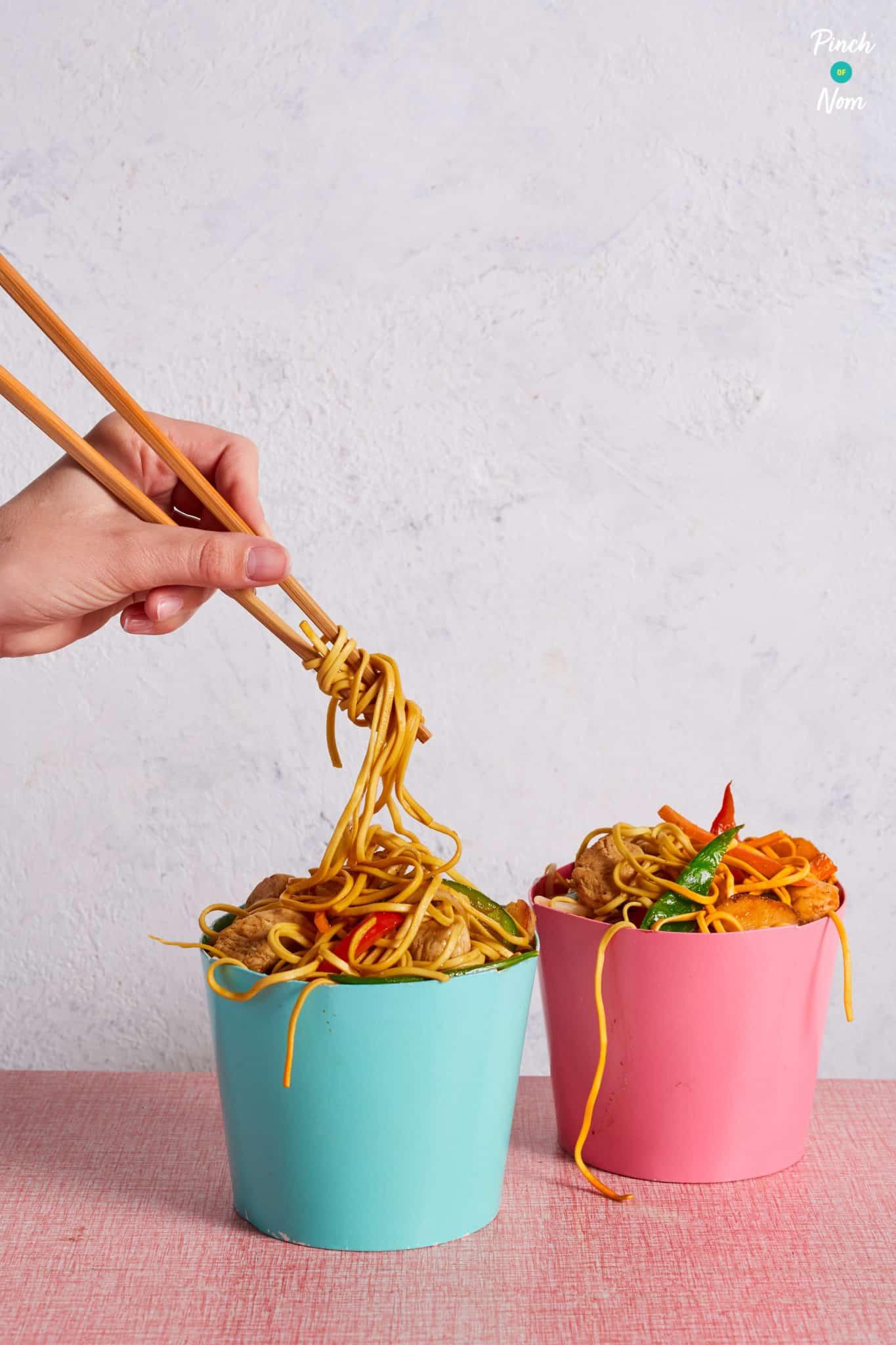 Chicken Chow Mein-1 Pinch of Nom Slimming Recipes