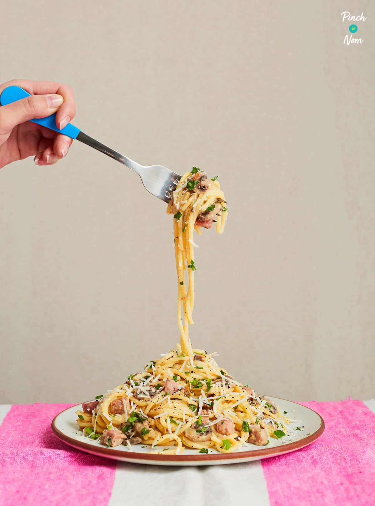 Spaghetti Carbonara - Pinch of Nom Slimming Recipes