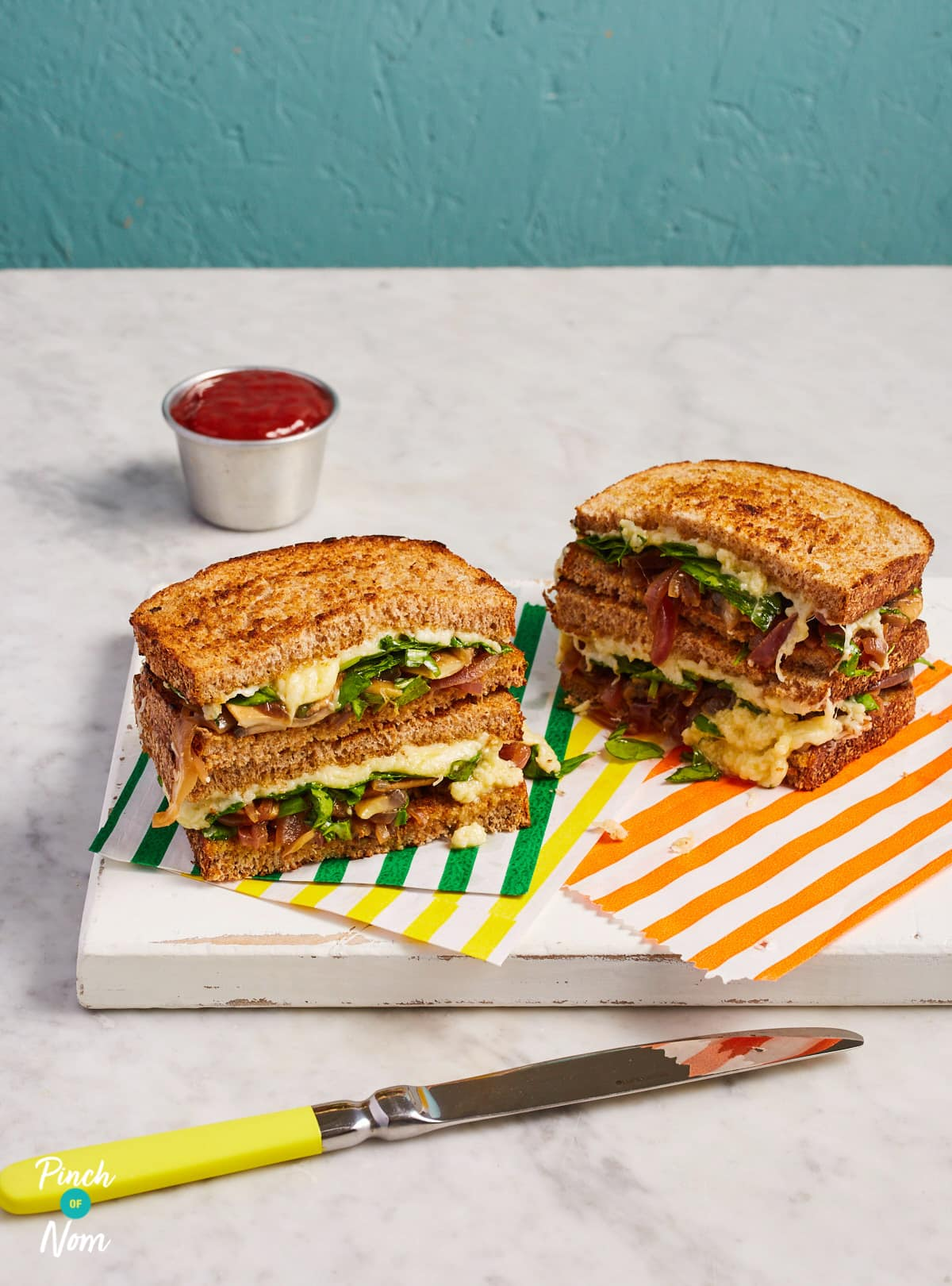 Caramelised Onion Cheese Toasties - Pinch of Nom Slimming Recipes
