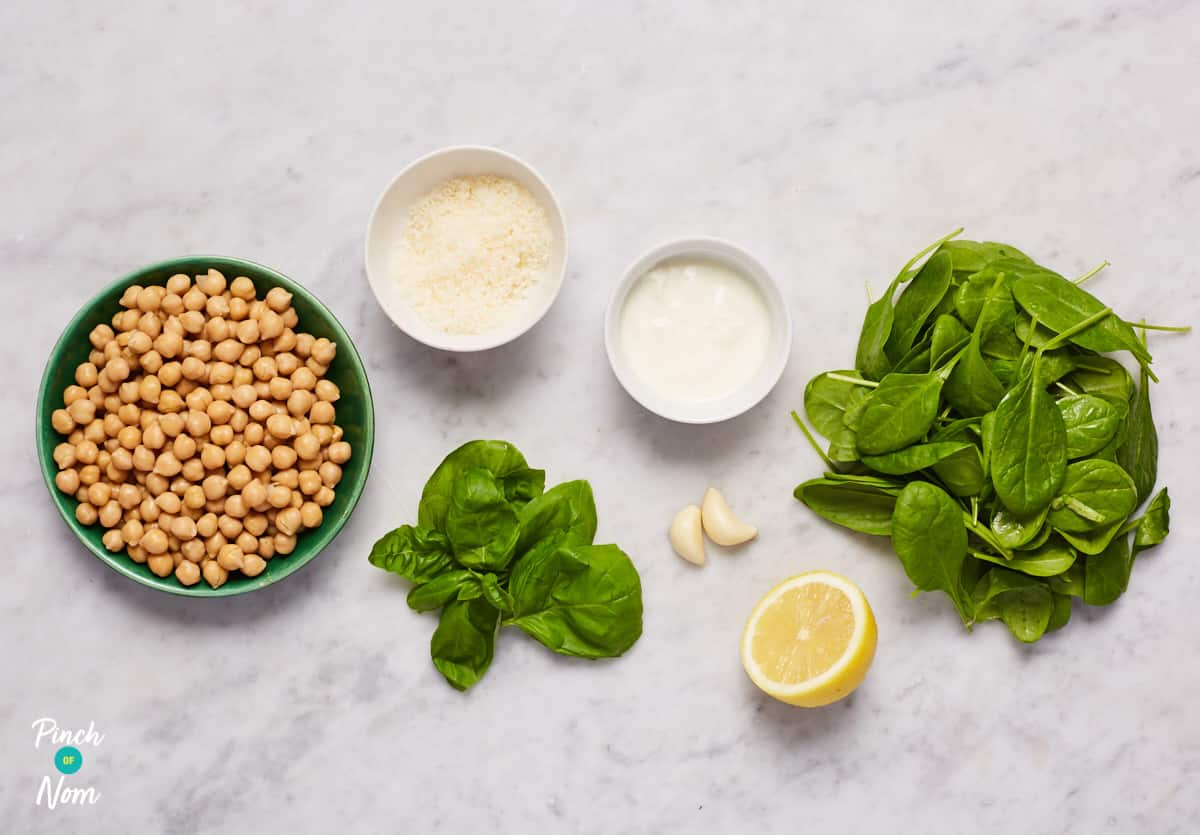 Spinach and Pesto Hummus - Pinch of Nom Slimming Recipes