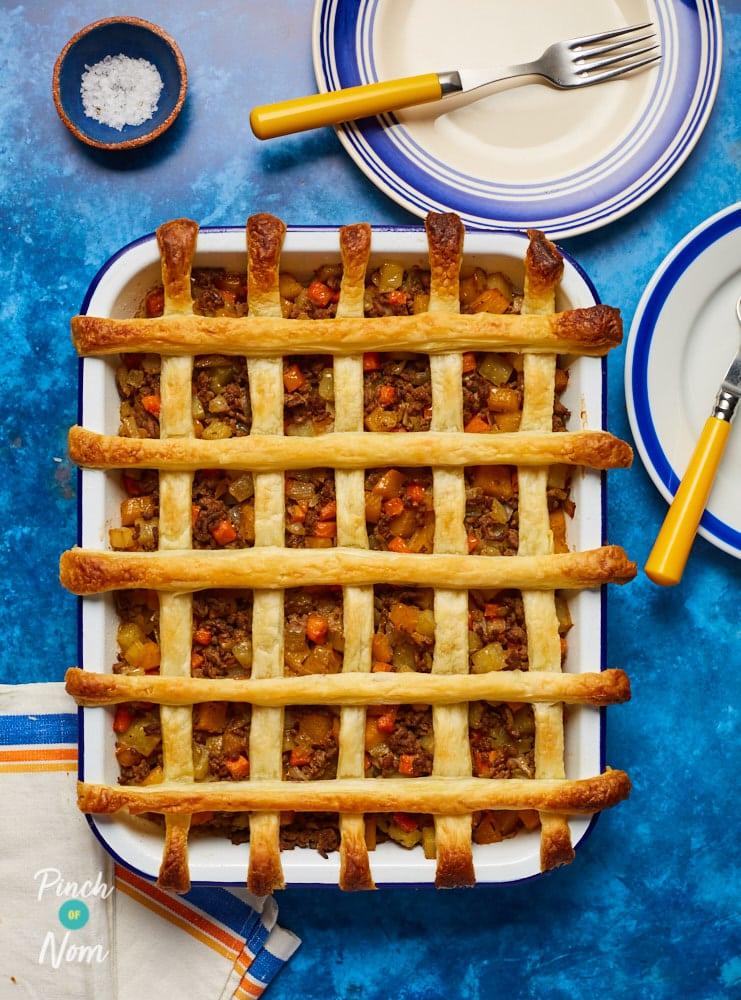 Cornish Pasty Pie - Pinch of Nom Slimming Recipes