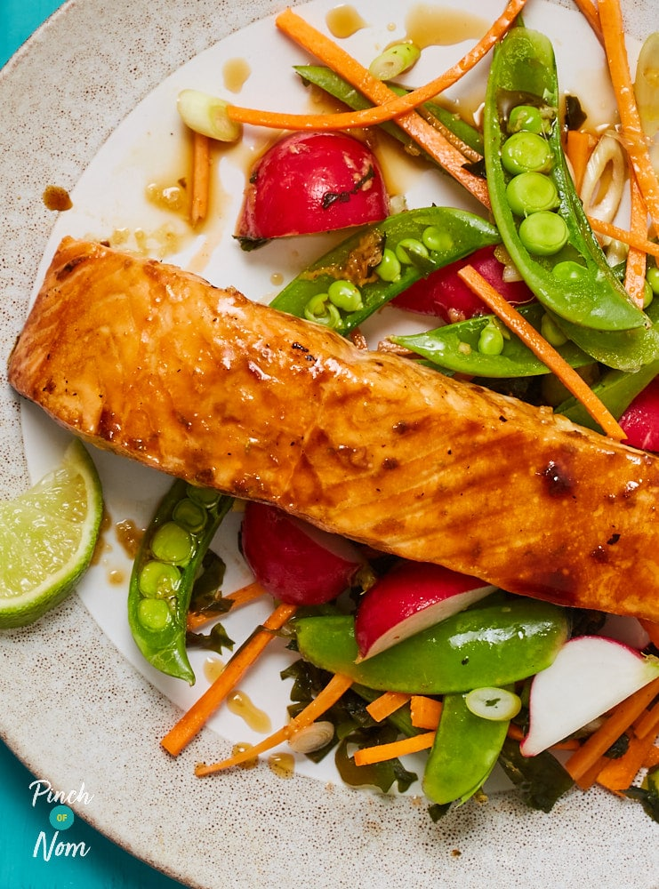 Honey Soy Salmon with Seaweed Salad - Pinch of Nom Slimming Recipes