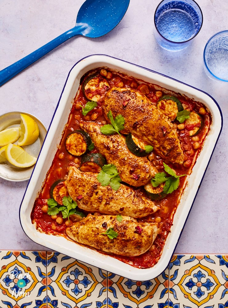 Ras el Hanout Chicken Tray Bake- Pinch of Nom Slimming Recipes