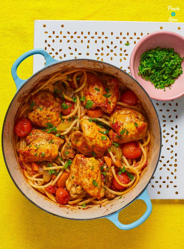 Baked Spaghetti with Chicken - Pinch of Nom Slimming Recipes