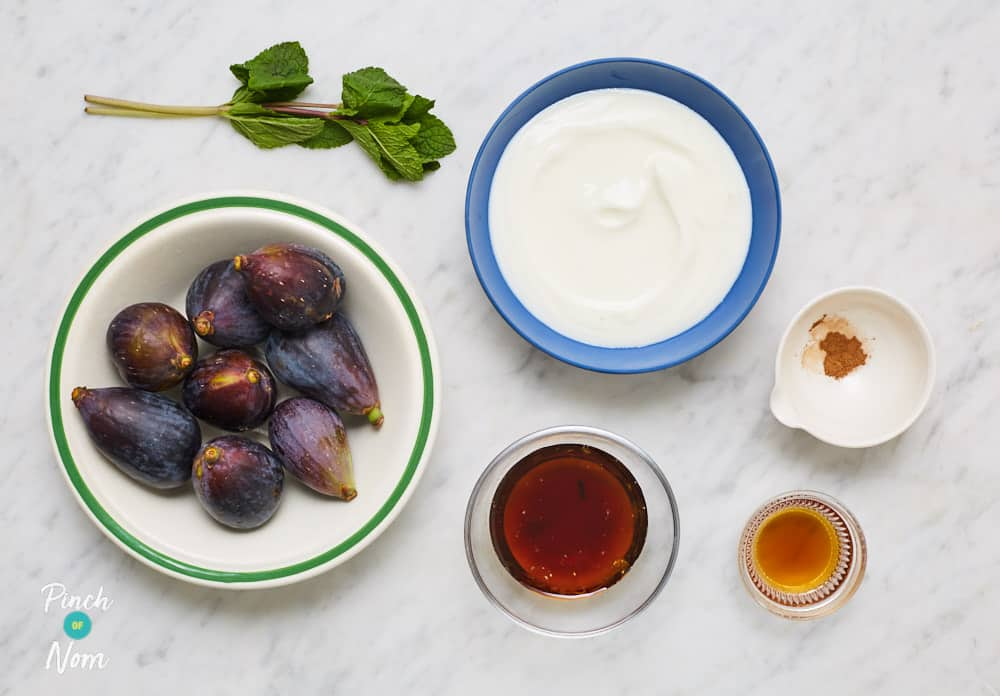 Syrupy Cinnamon Figs With Greek Yoghurt - Pinch of Nom Slimming Recipes
