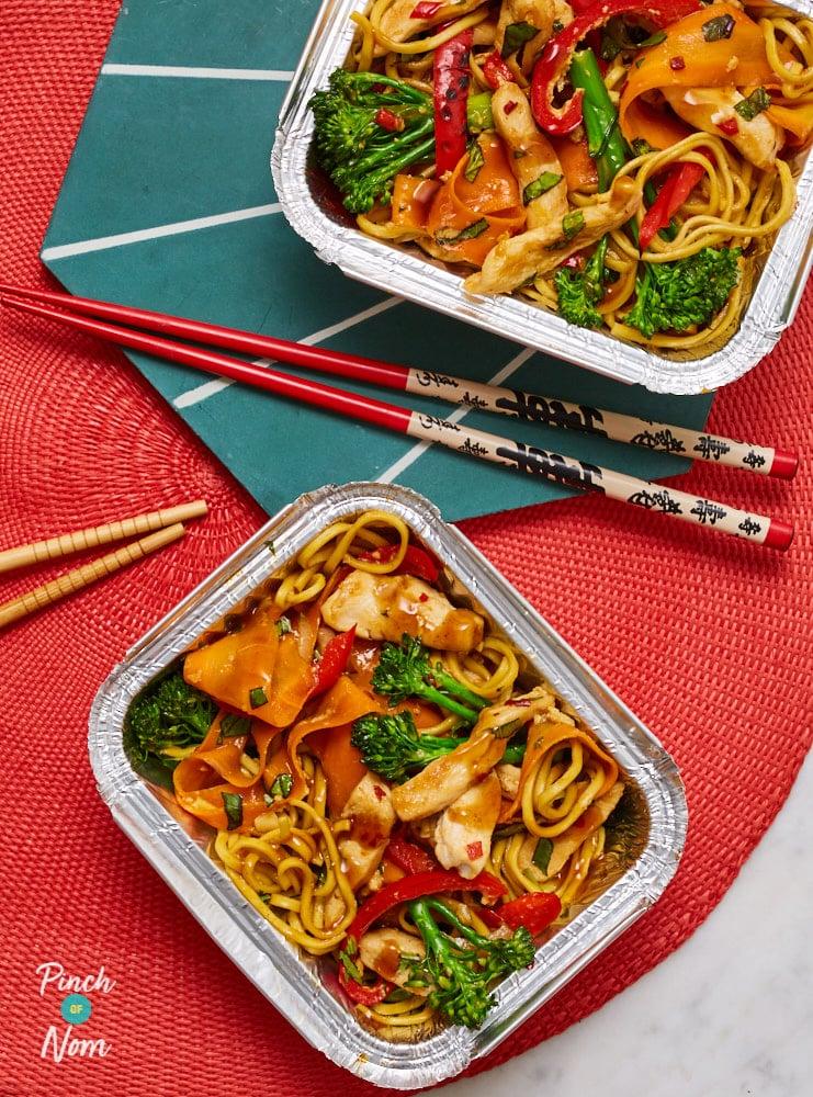 Drunken Noodles With Chicken - Pinch of Nom Slimming Recipes