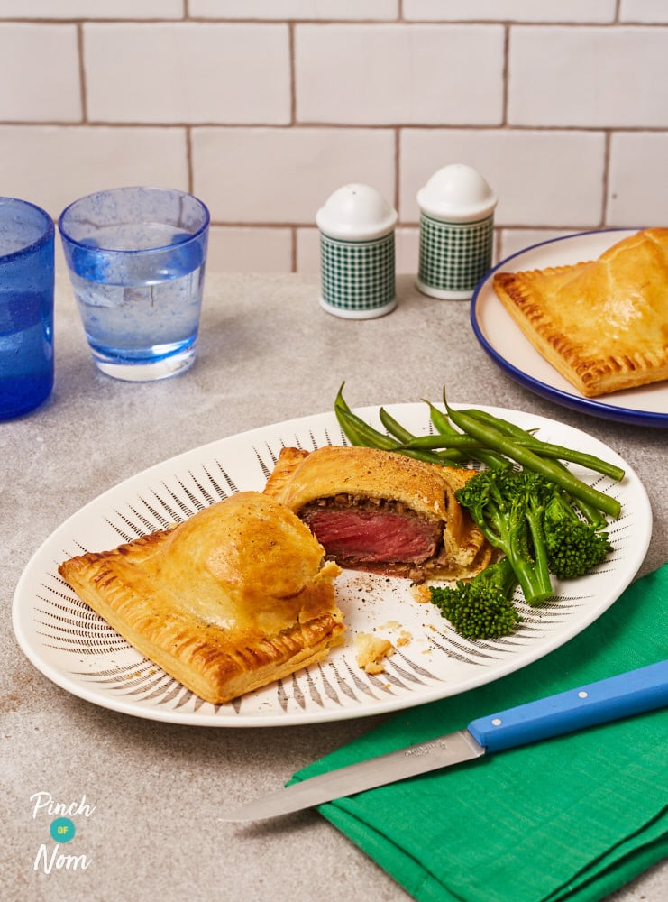 Beef Wellington - Pinch of Nom Slimming Recipes