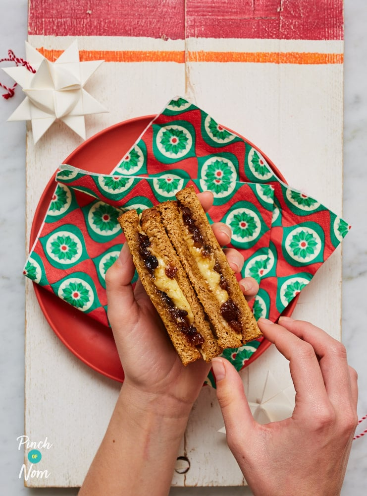 Mince Pie Cheese Toastie_- Pinch of Nom Slimming Recipes