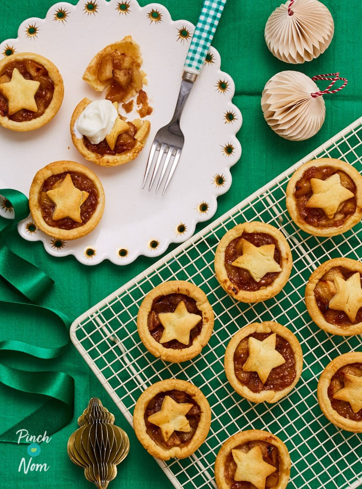 Mini Spiced Christmas Apple Pies - Pinch of Nom Slimming Recipes