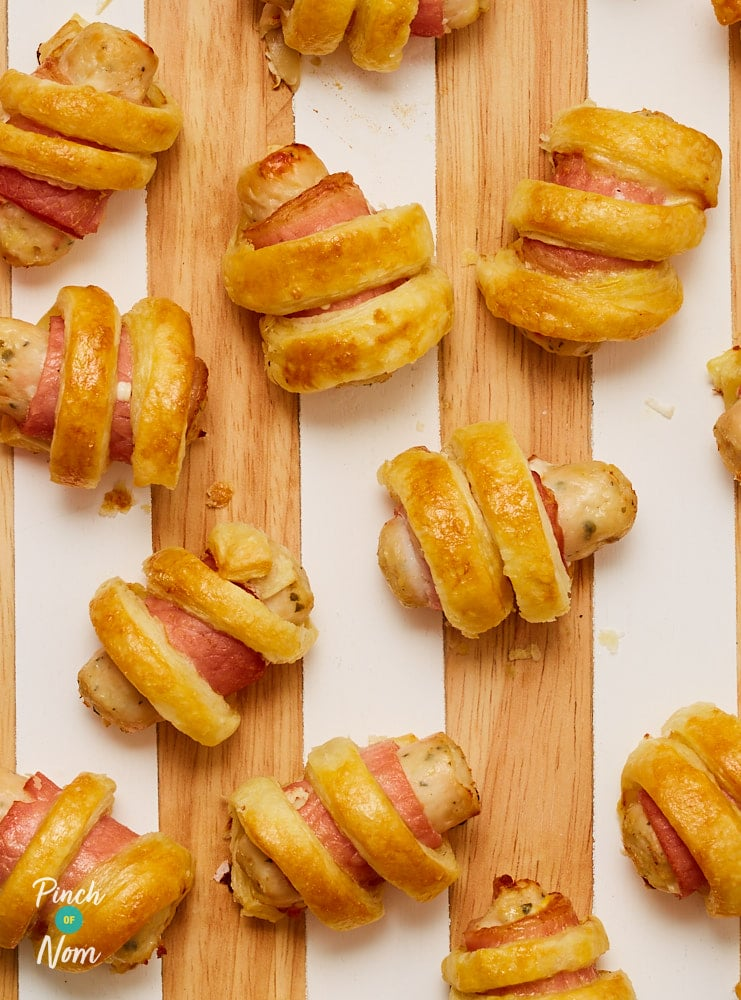 Pigs in Blankets in Puff Pastry - Pinch of Nom Slimming Recipes
