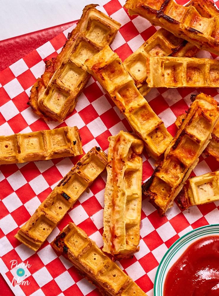 Pizza Waffles - Pinch of Nom Slimming Recipes