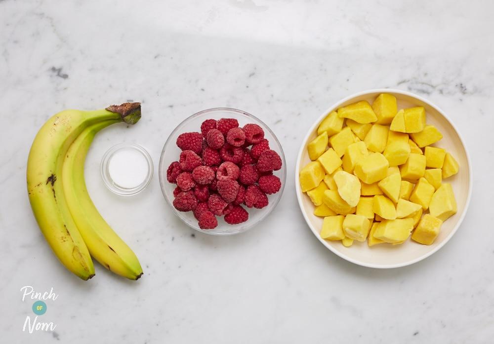 Mango and Raspberry Ice Cream - Pinch of Nom Slimming Recipes